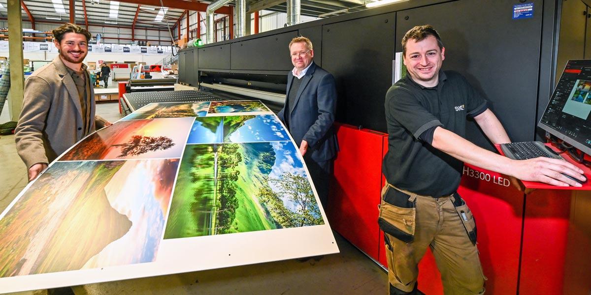 New large-format printer at Super-Wide Digital