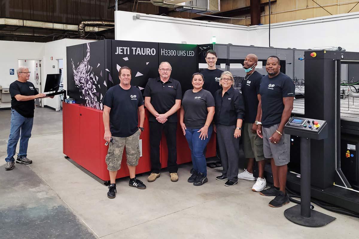 GSP Retail team and Agfa Jeti Tauro UHS printer